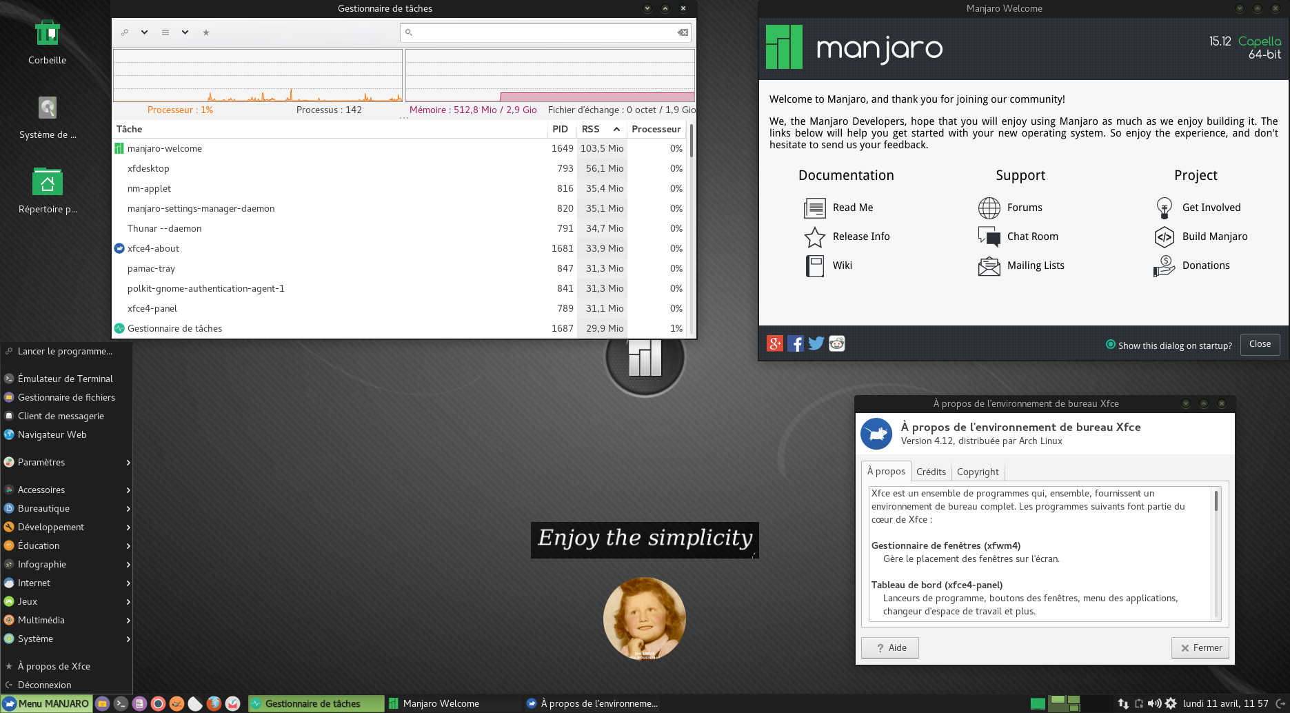 Manjaro Linux 15 12 (rolling release)   Bureaux Xfce et